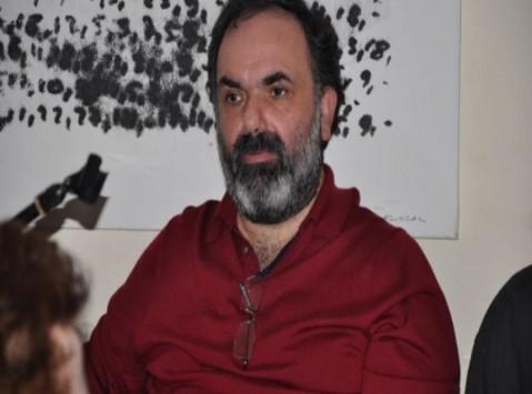 Γιώργος Ανανδρανιστάκης: Πλήθος κόσμου στην κηδεία του γνωστού δημοσιογράφου