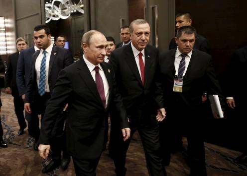 Ρωσία - Τουρκία: Ο Ερντογάν χαμηλώνει τους τόνους, ο Πούτιν πάλι όχι!