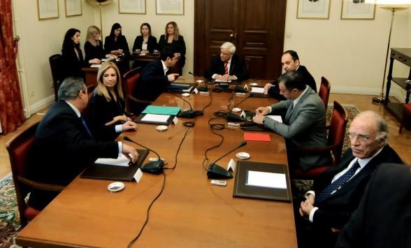 Συμβούλιο Πολιτικών Αρχηγών Live: Η σύσκεψη των μεγάλων... `όχι`! ΝΔ και ΠΑΣΟΚ δεν υπέγραψαν την ανακοίνωση της Προεδρίας