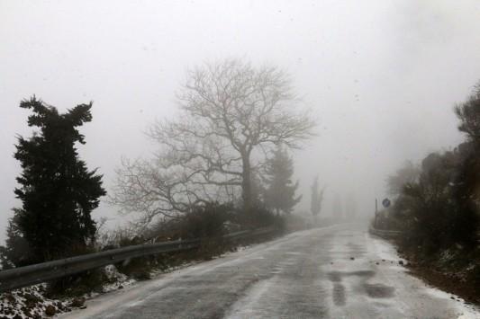 Καιρός: Έκτακτο δελτίο επιδείνωσης! Από το πρωί της Τετάρτης έρχεται ο χιονιάς! Πέφτει 10 με 12 βαθμούς η θερμοκρασία