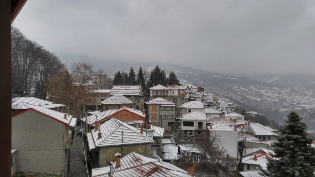 Καιρός: Βροχές και χιονιάς σε όλη την Ελλάδα