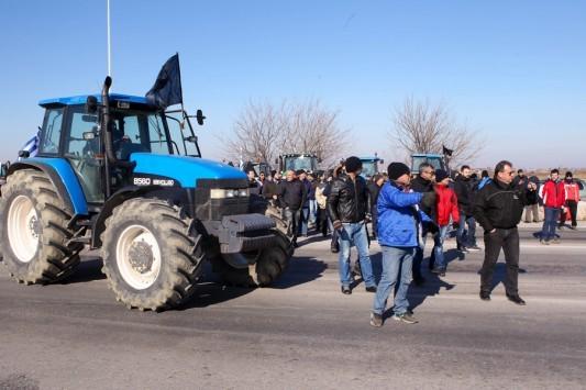 Μπλόκα αγροτών: Αναλυτικά οι δρόμοι που κλείνουν και ποιοι ανοίγουν στη Βόρεια Ελλάδα