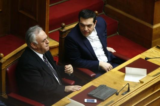 Η απειλή του Αλέξη Τσίπρα: Θα φύγω αν με `πουλήσουν` για το χρέος – Ο παράγοντας... Δραγασάκης