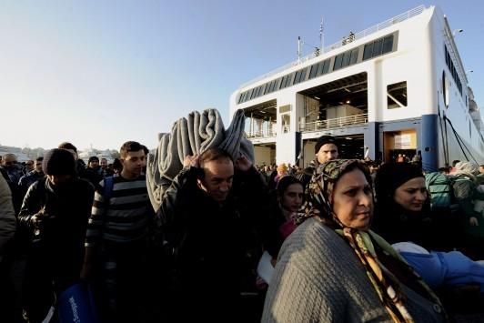 Βόρειο Αιγαίο: 5.400 πρόσφυγες και μετανάστες, έτοιμοι να ταξιδέψουν στον Πειραιά - Στη Λέσβο οι περισσότεροι!