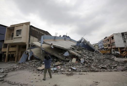 Σεισμός - Προειδοποίηση σοκ: Περιμένουμε τουλάχιστον 4 σεισμούς πάνω από 8 ρίχτερ!