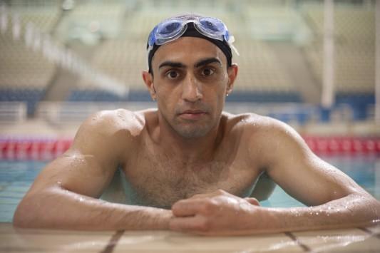 Λαμπαδηδρόμος Σύρος -ανάπηρος πολέμου- αθλητής! Μια συγκλονιστική ιστορία ζωής