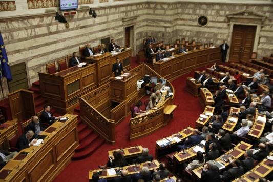 Την Κυριακή  ψηφίζεται άρον - άρον το Ασφαλιστικό! Στην Ολομέλεια  το Σάββατο! - Θέλουν να προλάβουν το Eurogroup