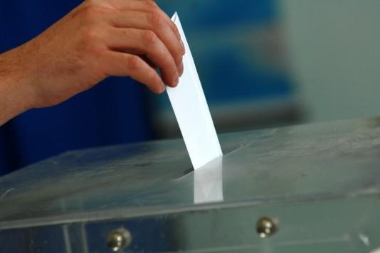 Δημοσκόπηση: Πρώτη και με διαφορά η Νέα Δημοκρατία - 9 στους 10 Έλληνες δυσαρεστημένοι από την κυβέρνηση - Εκτός Βουλής οι ΑΝΕΛ