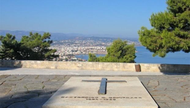 Χανιά: Στην αντεπίθεση το υπουργείο Οικονομίας για τους τάφους των Βενιζέλων - ''Άνθρακες ο θησαυρός''!