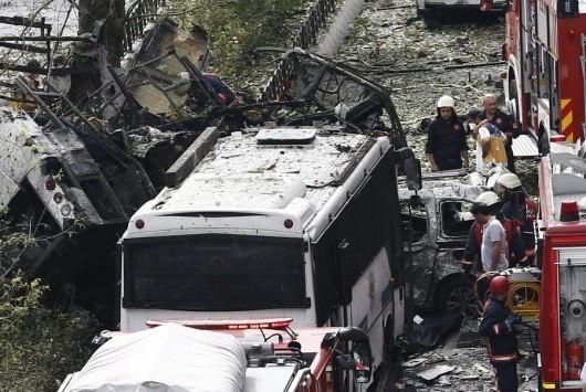 `Σεισμός` τρομοκρατίας βυθίζει στο πένθος την Κωνσταντινούπολη – 11 οι νεκροί, το PKK `βλέπει` ο Ερντογάν – Video ντοκουμέντο