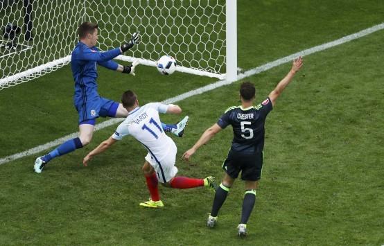Αγγλία - Ουαλία 1-1 LIVE: Ο Βάρντι άνοιξε... λογαριασμό στο Euro 2016
