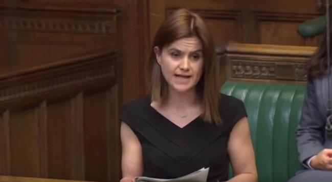 Πέθανε η Βρετανή βουλευτής που πυροβολήθηκε στο Λιντς - Βίντεο ντοκουμέντο: Η στιγμή της σύλληψης του δολοφόνου