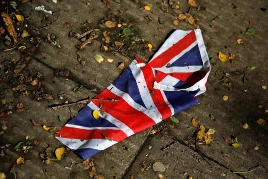 BREXIT - LIVE: Το Brexit άνοιξε τον ασκό του αιόλου - Πρωθυπουργός Σκωτίας: Δεν αποκλείω δημοψήφισμα για την ανεξαρτησία της χώρας μας