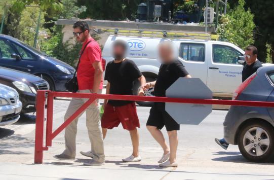 Άργος: Επιβεβαιώθηκε από ιατροδικαστή ο βιασμός του 12χρονου παιδιού από τον πατέρα και τον ερωτικό του σύντροφο - Άγνωστες πτυχές του εγκλήματος!