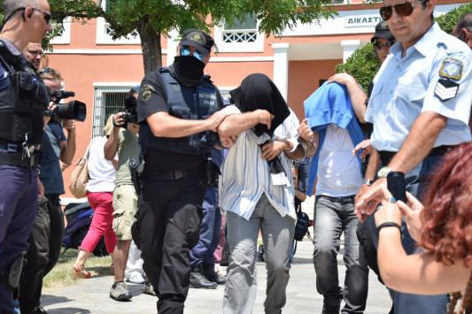 Αλεξανδρούπολη: Η άγνωστη αλήθεια των 8 Τούρκων αξιωματικών - Ανατροπή και νέα στοιχεία για το πολιτικό άσυλο που ζητούν!