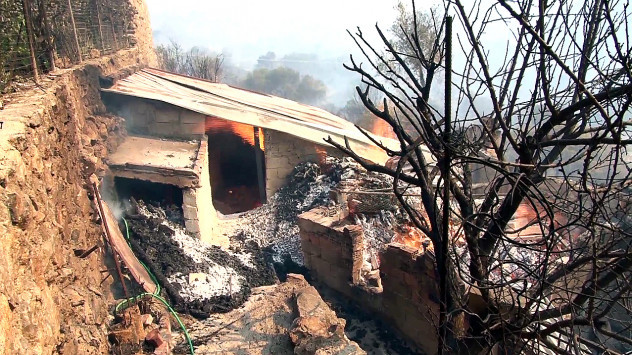 Χίος: Ο απολογισμός της καταστροφής μετά τη μεγάλη φωτιά - Στάχτη 35.000 στρέμματα (Φωτό και βίντεο)!