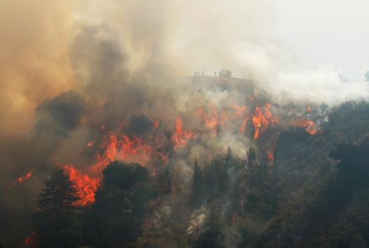 Μεγάλη φωτιά στην Καλιφόρνια – Οι αρχές φοβούνται πως θα πενταπλασιαστεί! [pics]