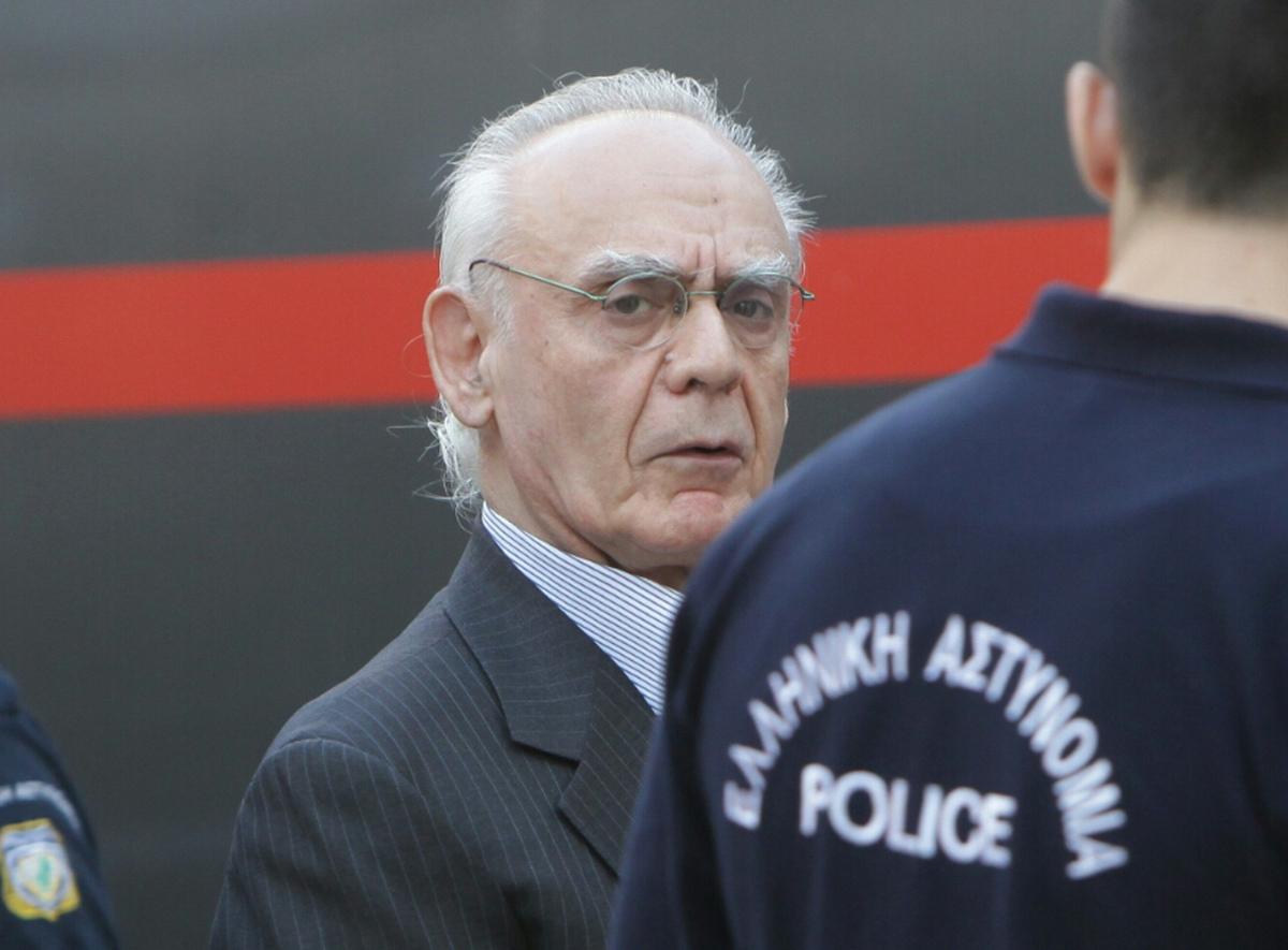 Αποτέλεσμα εικόνας για Στη φυλακή ο Άκης Τσοχατζόπουλος