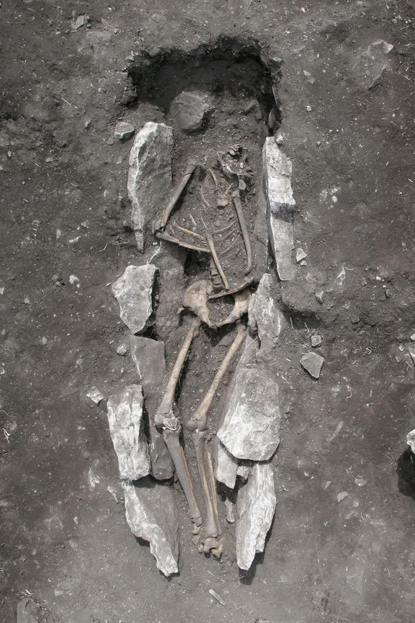 Αρκαδία: Τάφος εφήβου από τον 11ο αιώνα πΧ αποκαλύφθηκε στο ιερό του Διός στο Λύκαιο Όρος [pic]