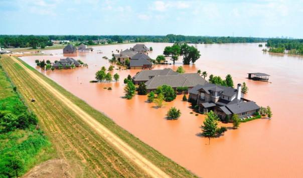 Τρεις νεκροί από τις πρωτοφανείς πλημμύρες στις ΗΠΑ