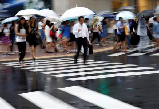 Ο τυφώνας Mindulle απειλεί την Ιαπωνία – Εκκενώνονται χιλιάδες σπίτια, ακυρώθηκαν πτήσεις