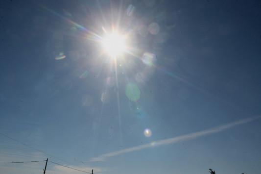 Καιρός: Ανεβαίνει η θερμοκρασία την Τρίτη - Αναλυτική πρόγνωση