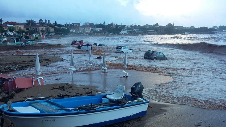 Εικόνες από την παραλία της Στούπας (Πηγή: newsmessinia.blogspot.com)