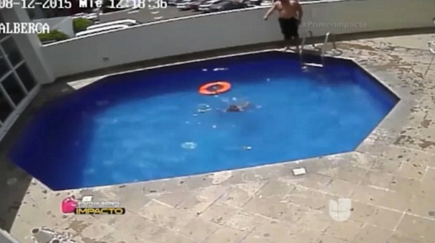 Θα σαπίσει στη φυλακή! Έπνιξε τη θετή του κόρη στην πισίνα [vid] ΠΡΟΣΟΧΗ, ΣΚΛΗΡΕΣ ΕΙΚΟΝΕΣ