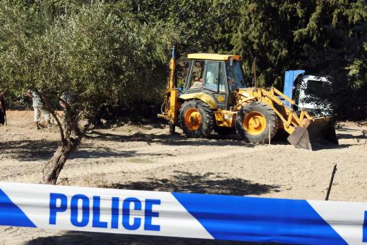 Μπεν Νίνταμ: Τον έθαψαν κάτω από δέντρο; Η φωτογραφία που ανατρέπει τα δεδομένα