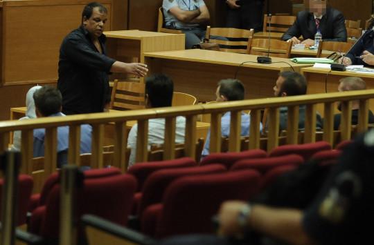 Δίκη Χρυσής Αυγής: Αναγνωρίστηκε και πέμπτος δράστης