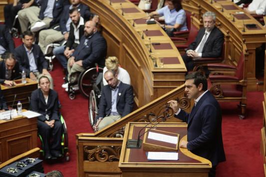 Δακρυσμένοι οι Παραολυμπιονίκες στη Βουλή - Κύριε πρωθυπουργέ μην μείνετε μόνο στις τιμές
