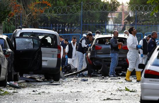 Ξανά πανικός! Δύο βομβιστές αυτοκτονίας σκορπούν τον τρόμο στην Τουρκία!