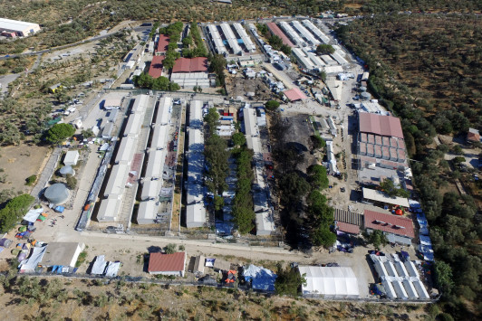 Λέσβος: Ομαδικός βιασμός 25χρονου στο hot spot της Μόριας
