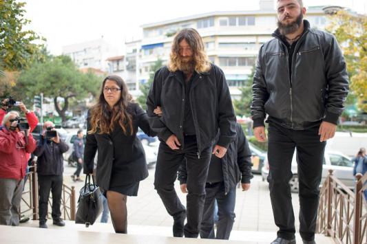 Βαγγέλης Γιακουμάκης: Διακόπηκε η δίκη - Ο μάρτυρας που γνώριζε για το μπούλινγκ [vid]