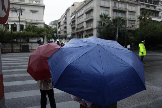 Καιρός: Σχετική βελτίωση την Κυριακή – Που θα βρέχει;