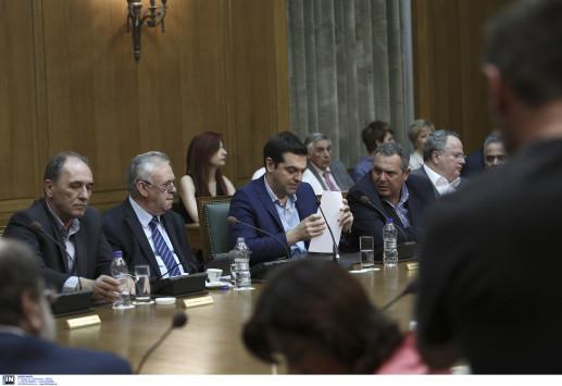 """Ανασχηματισμός με σπάσιμο υπουργείων και υπουργούς """"κομάντο"""" - Τα ονόματα και οι... καραμπόλες"""