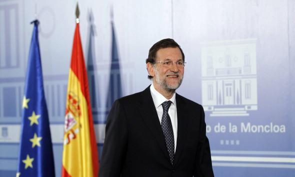 Ισπανία: Τέλος στο πολιτικό αδιέξοδο! Κυβέρνηση Ραχόι με τις... ευλογίες των Σοσιαλιστών