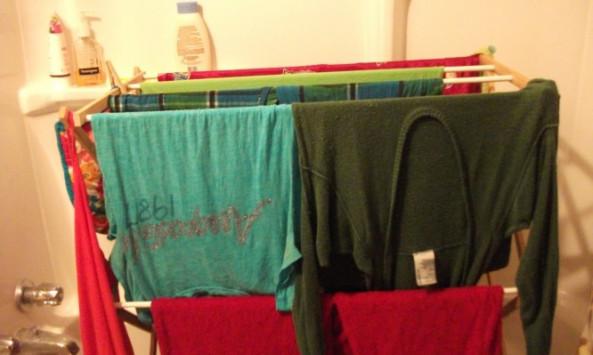 Στέγνωμα ρούχων: ΠΟΤΕ μέσα στο σπίτι – Κίνδυνος υγείας!