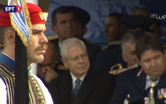 28η Οκτωβρίου: Ο τσολιάς που μάγεψε στην Θεσσαλονίκη [pics]