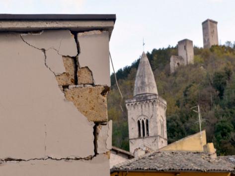 Σεισμός στην Ιταλία: 6,5 Ρίχτερ σκορπούν τον τρόμο! Κατέρρευσαν κτίρια!