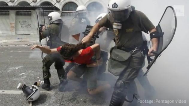 Πεντάγωνο: Προβλέπει `πόλεμο` στις πόλεις με εικόνες και από Ελλάδα [vid]