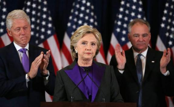 Η πιο απίστευτη θεωρία: Η Κλίντον έχει ακόμα ελπίδες για την προεδρία