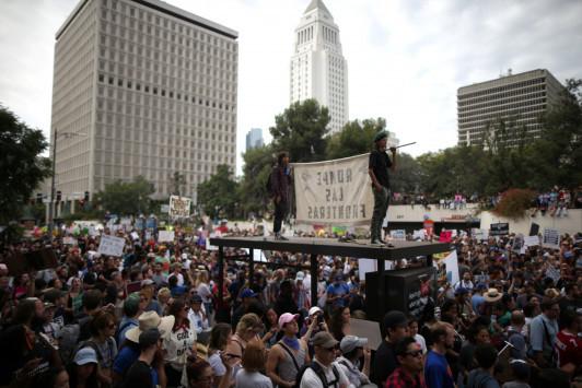 Και πάλι στους δρόμους οι Αμερικανοί ενάντια στην εκλογή Τραμπ
