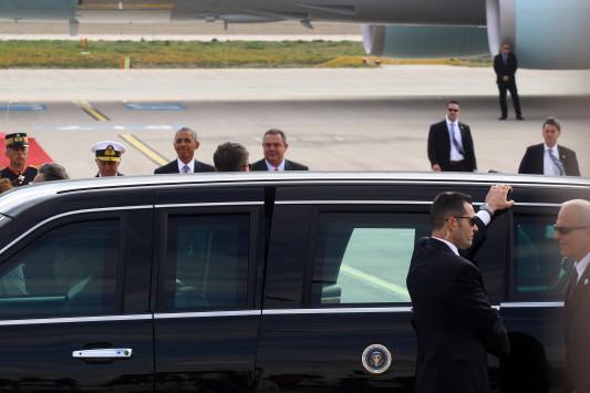 Επίσκεψη Ομπάμα: Ο... bodyguard που έκαψε καρδιές! [pics]