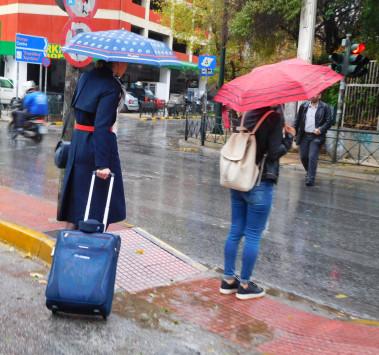 Καιρός: Που θα έχει βροχές και καταιγίδες τη Δευτέρα