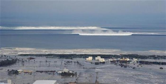 Σεισμός και τσουνάμι στην Ιαπωνία – 7,3 Ρίχτερ έθεσαν τη χώρα σε συναγερμό