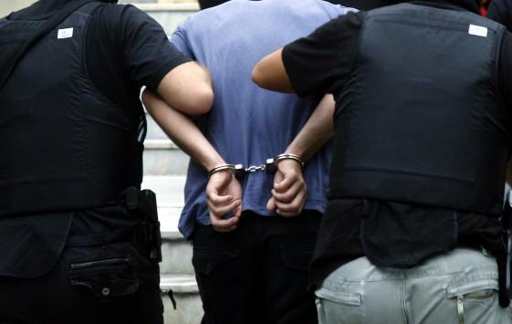 Λαμία: Έφαγε της χρονιάς του και συνελήφθη - Ο ίδιος ειδοποίησε την αστυνομία!