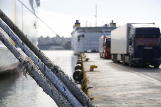 ΠΝΟ - Απεργία: Δεμένα τα πλοία έως την Κυριακή!