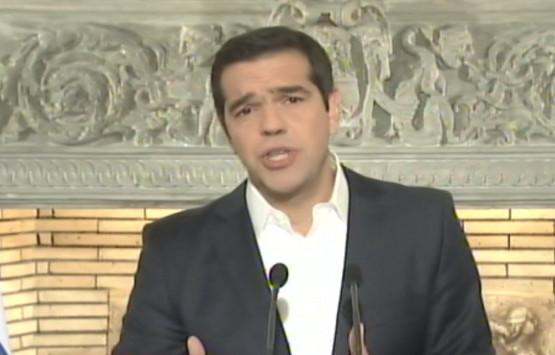 Τσίπρας: 13η σύνταξη σε όσους παίρνουν κάτω από 850 ευρώ - `Παγώνει` η αύξηση του ΦΠΑ στα νησιά Β. Αιγαίου