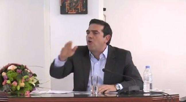 Κρήτη: Έδιωξε τους δημοσιογράφους ο Τσίπρας - Ένταση και με αγρότες [pics, vid]